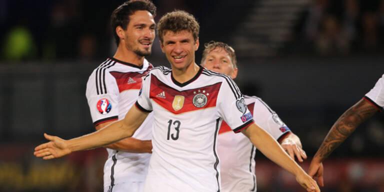 Deutschland mit einem Bein bei der EM