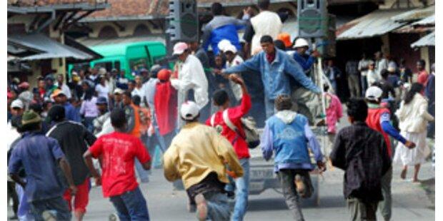 Unruhen auf Madagaskar flammen auf