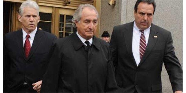 Madoff kommt in Luxus-Knast