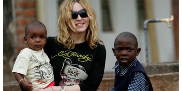 Madonna will Dreijährige adoptieren