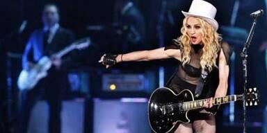 Madonnas Tochter nach London gebracht
