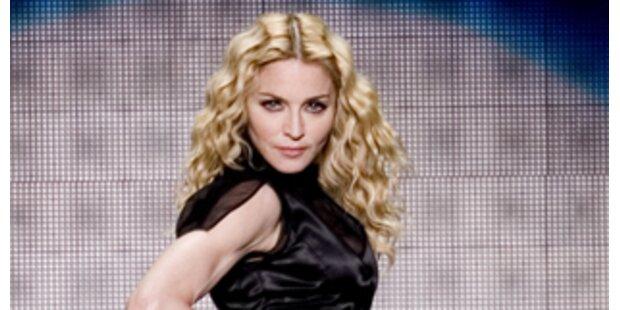 5 Mio. Pfund: Madonna verklagt Zeitung