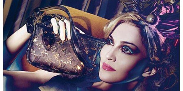 Madonna posiert für neue Herbstkampagne