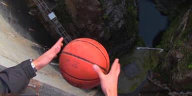 """So kann ein Ball plötzlich """"fliegen"""""""