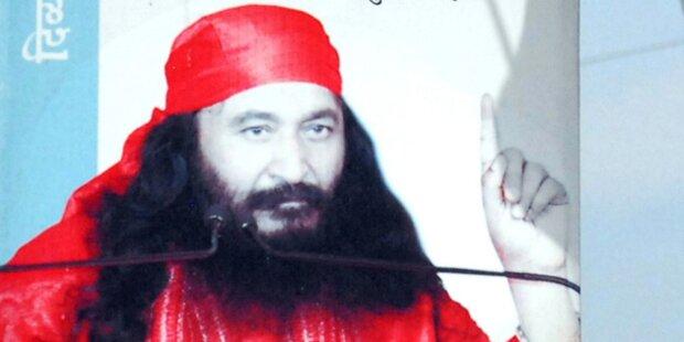 Toter Guru in der Gefriertruhe aufbewahrt