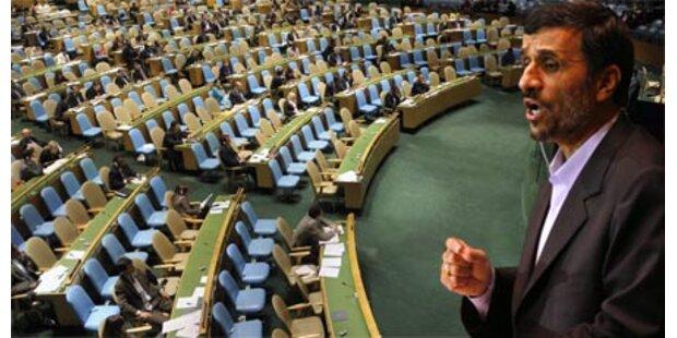 Österreich hörte Ahmadinejad zu