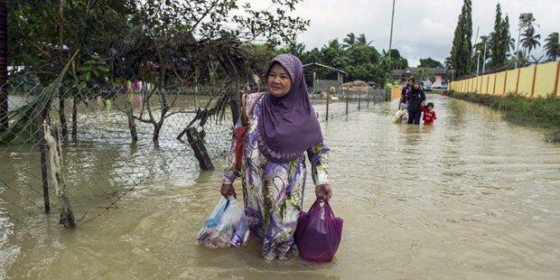 Tausende flüchteten vor Überflutungen