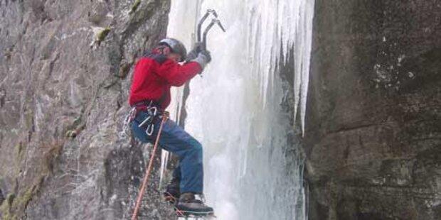 Stundenlang im Eis-Wasserfall gefangen