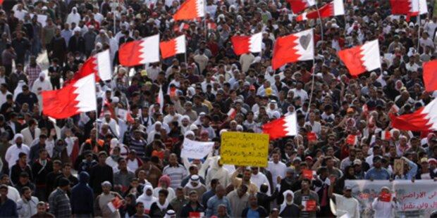 Opposition und König wollen Dialog