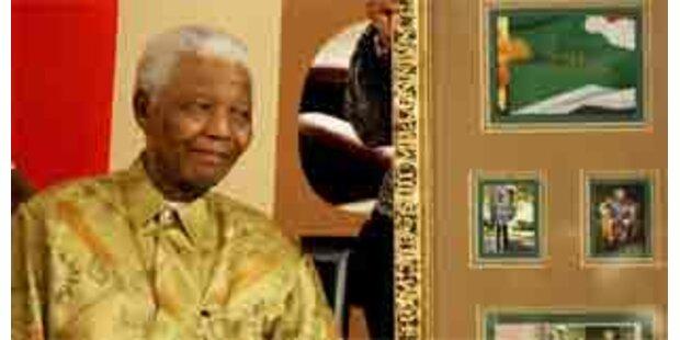 Südafrika ehrt Mandela mit Marke und Münze