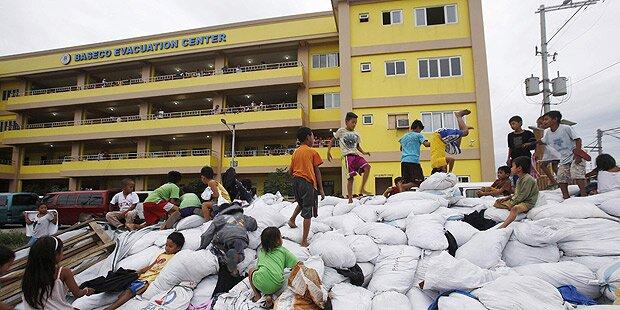 Tropensturm Hagupit verschont Manila