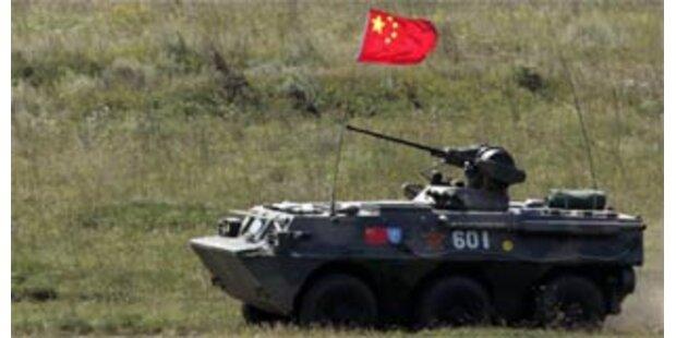 Russland und asiatische Partner bei Manöver