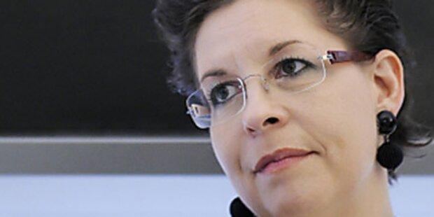 Akademiker-Chef denkt nicht an Rücktritt
