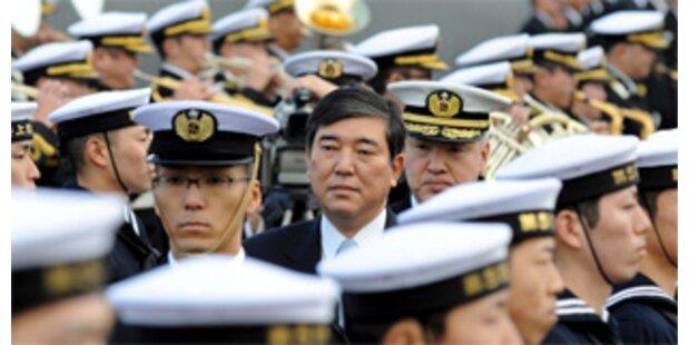 Japans Marinechef geht von Bord