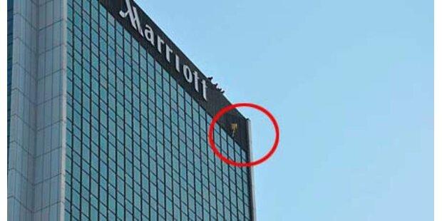 Polnischer Spidermann erklimmt Marriott