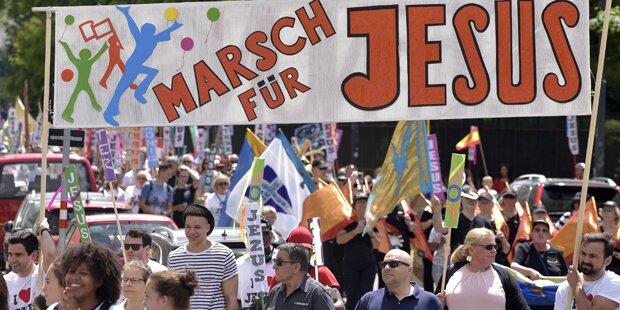 Demo-Marathon legt Wien lahm