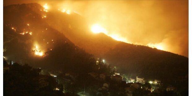 Großbrand bei Marseille nach Schießübung