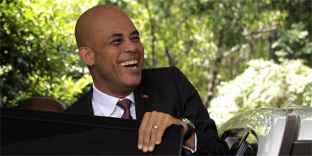 Haiti: Martelly als neuer Präsident vereidigt