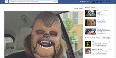"""Chewbacca Mask Lady"" stürmt Facebook"