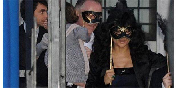Masken-Hochzeit für Hayek in Venedig