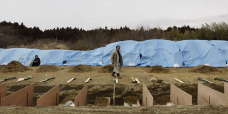 Massengräber für japanische Opfer