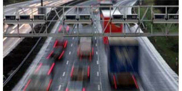 Deutschland prüft Einführung einer Autobahn-Maut