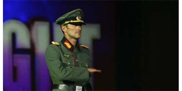 Bürgermeister trat in Nazi-Uniform auf
