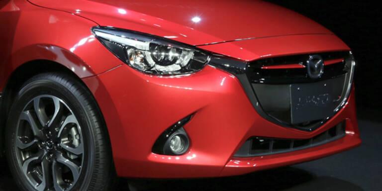 Mazda bringt intelligente LED-Scheinwerfer