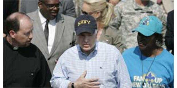 McCain geht auf Distanz zu Bush