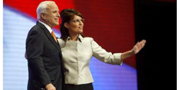 Buh-Rufe für Palin und McCain mit Peitsche