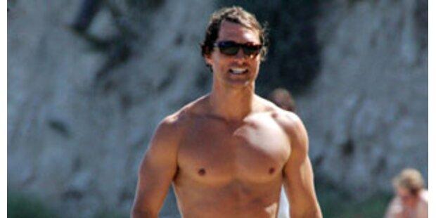 Surfer schützten Matthew McConaughey vor Paparrazi