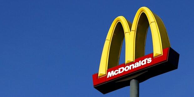 McDonald's-Kunde ruft Polizei, weil er mit Service unzufrieden ist