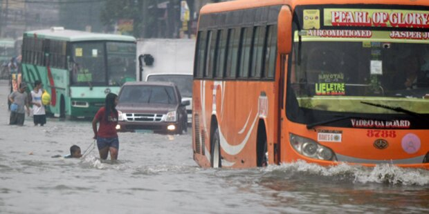 90.000 Philippiner flohen vor