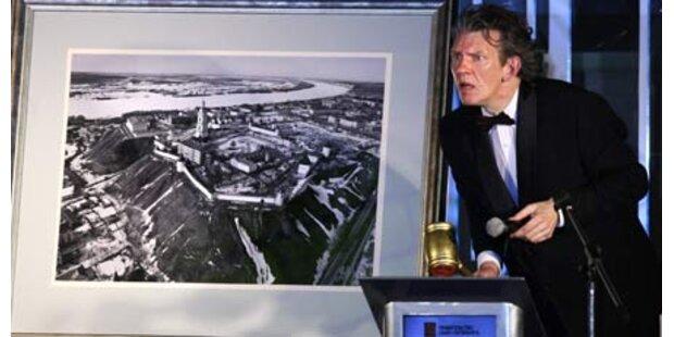 Medwedew verkauft Foto um 1,2 Mio. Euro