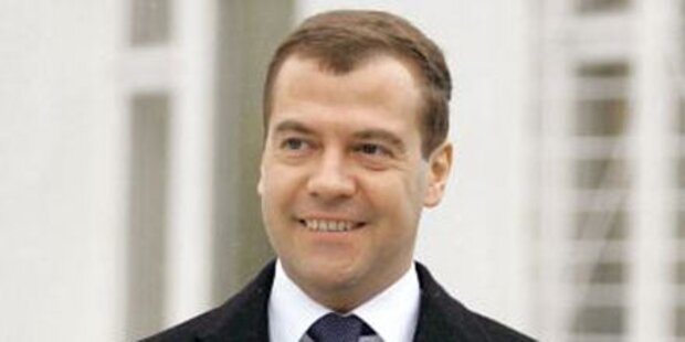 Russland: Medwedew läßt Kandidatur 2012 offen