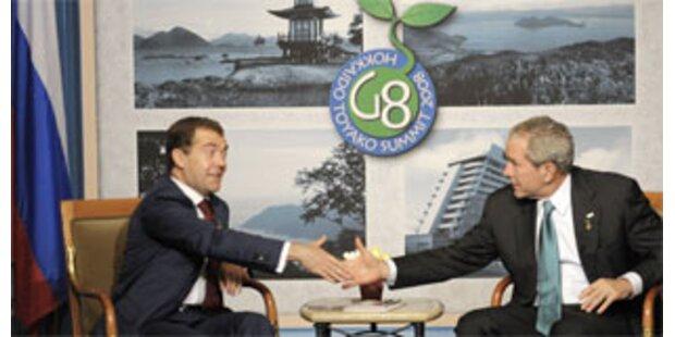 Bush und Medwedew streiten über Raketenschild