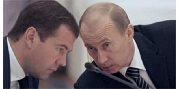 Medwedew rüffelt Putin