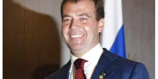 Medwedew wird außenpolitischen Kurs beibehalten