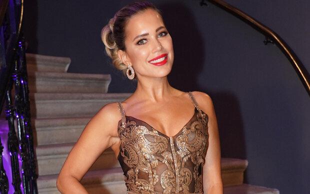 Sylvie Meis glänzt in Gold