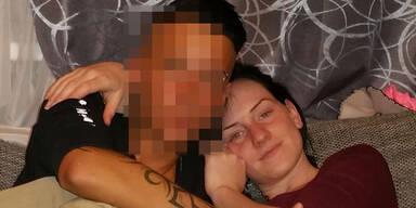 Teenie-Meli zeigt ihre lesbische Liebe