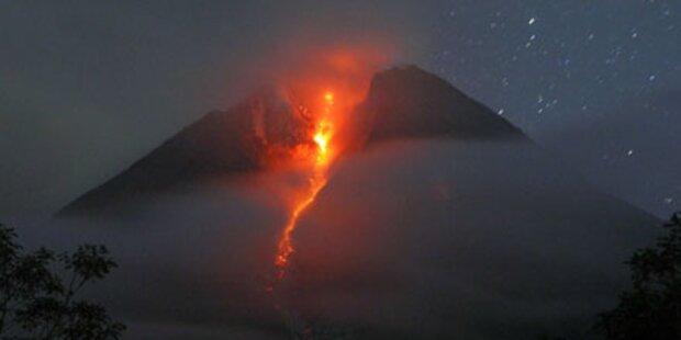 Vulkan Merapi spuckt wieder Lava