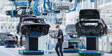 So funktioniert Daimlers neue Hightech-Fabrik