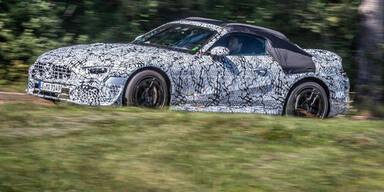 Völlig neuer Mercedes SL als Erlkönig unterwegs