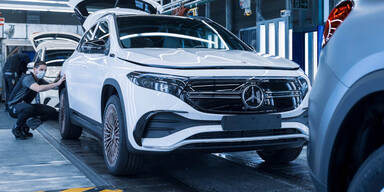 Chip-Mangel bremst Produktion bei Mercedes