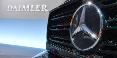 Daimler spaltet sich in zwei Firmen auf