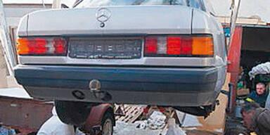 """""""Mumie"""" unter Auto in Garage entdeckt"""