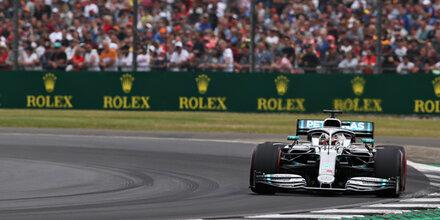 Hamilton holt Heimsieg - Mega-Wirbel um Vettel