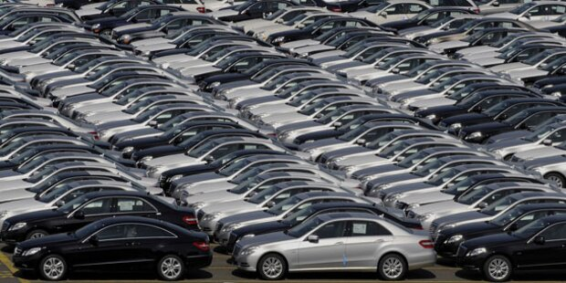 Justiz-Minister fährt geklauten Mercedes