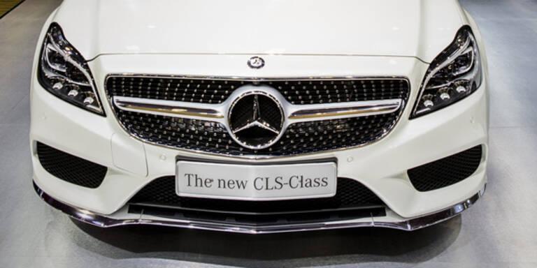 Mercedes darf Roboterautos testen