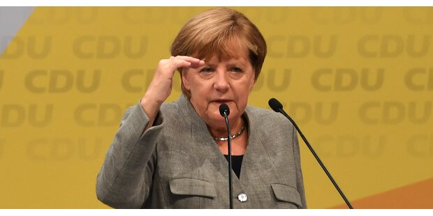 Hacker klauten Daten von Merkel & Co.